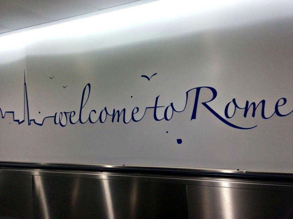 Cálida bienvenida del aeropuerto de Fiumiccino